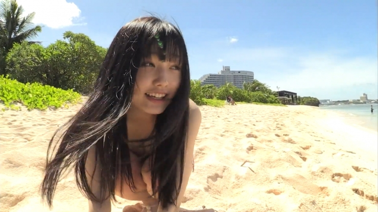 Sakizakura Ando Childish face and beautiful body026
