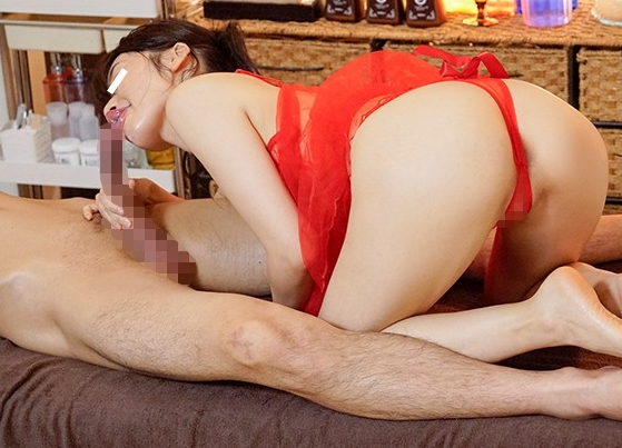 エロ衣装でマッサージされ生足コキや騎乗位セックスで癒されるの脚フェチDVD画像3