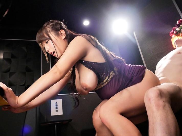 【白石茉莉奈】デカ乳輪巨乳のママドルピンサロ嬢がフェラでギン勃ちチンポを騎乗位で生挿入!