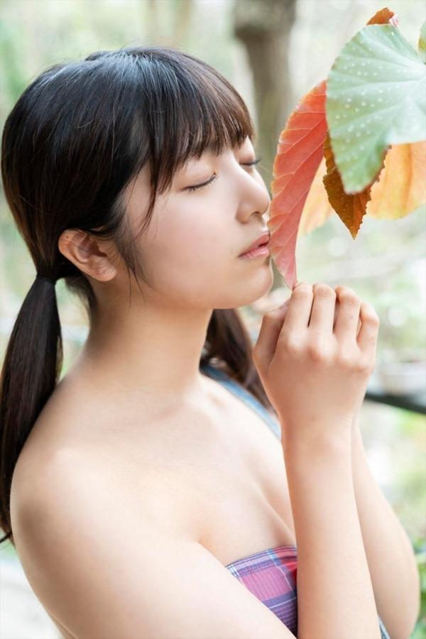 吉田莉桜4