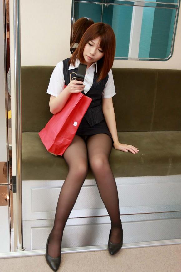 ミニスカート6046.jpg