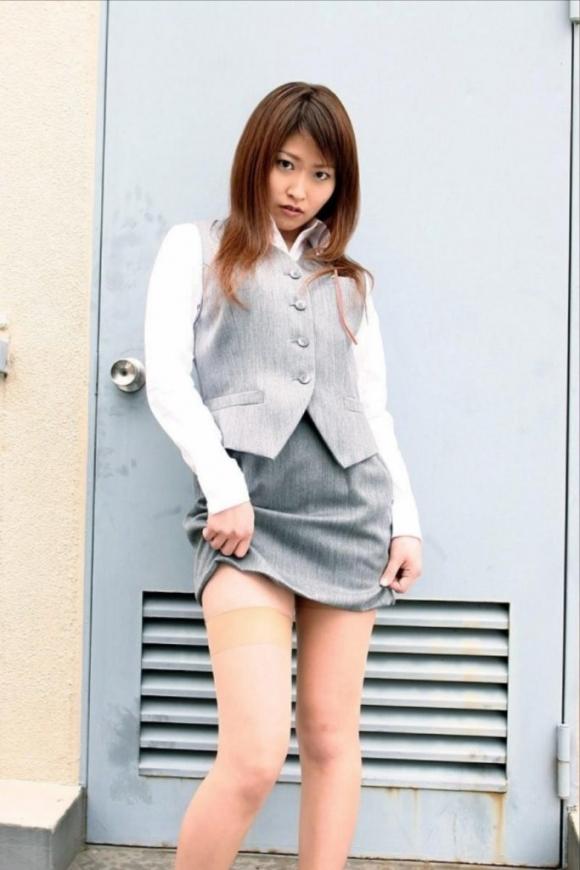 ミニスカート6084.jpg