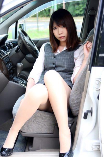 ミニスカート6111.jpg