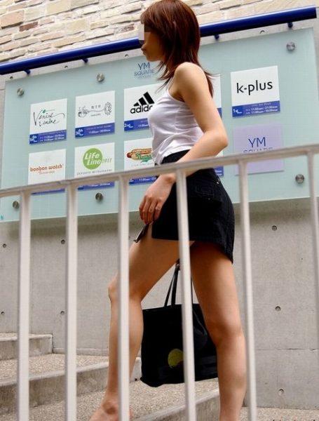 ミニスカート6144.jpg