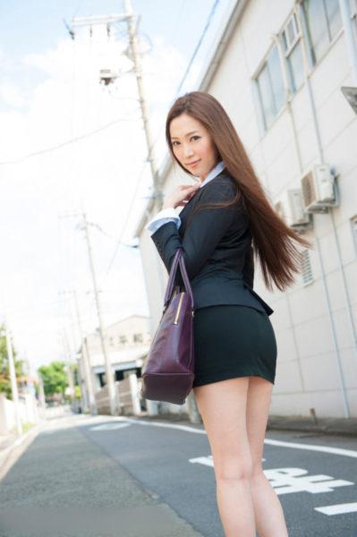 ミニスカート6145.jpg