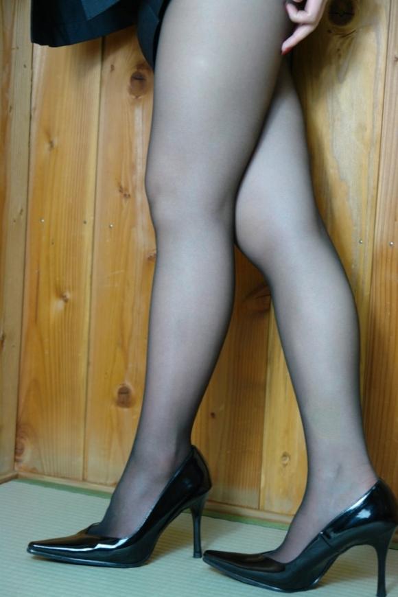 ミニスカート7092.jpg
