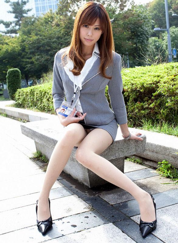 ミニスカート7613.jpg