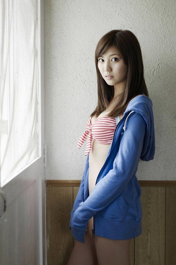 岩﨑名美 62