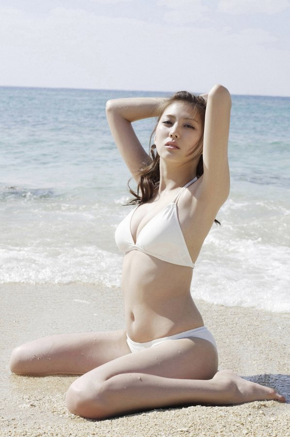 岩﨑名美 14