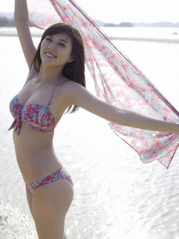 岩﨑名美 11