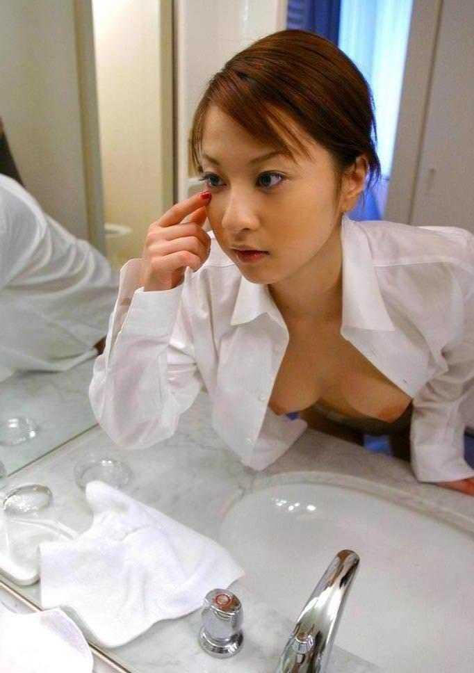 白シャツ女子 21