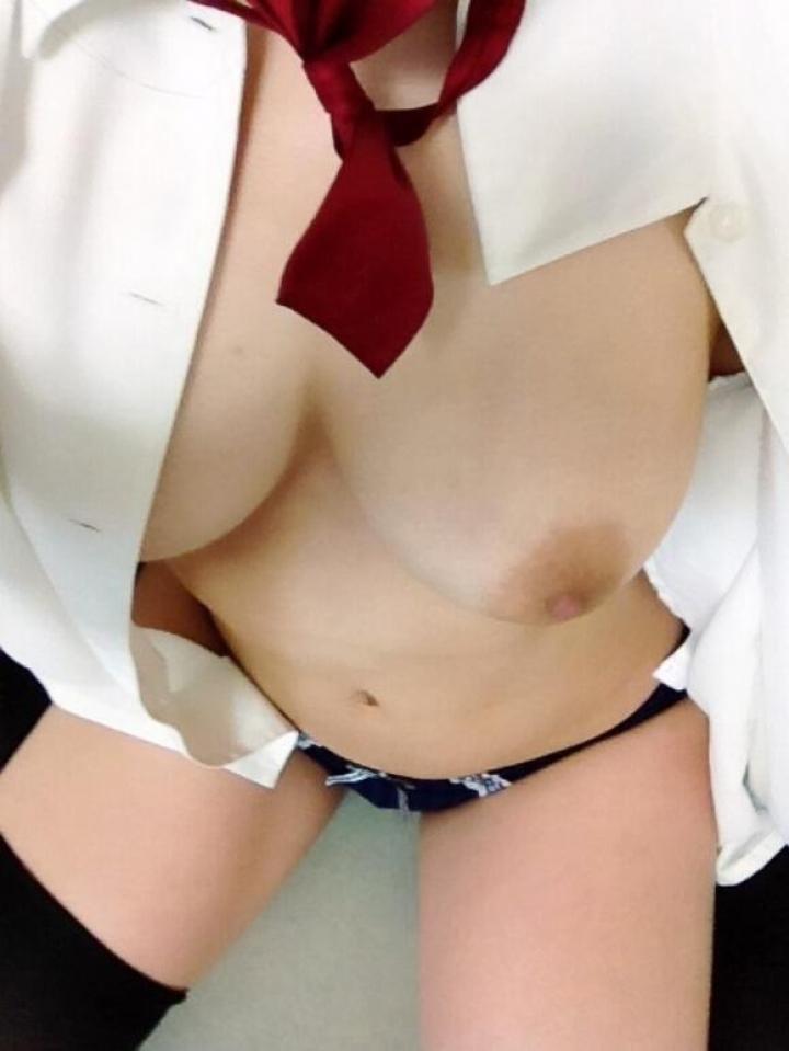 白シャツ女子 16
