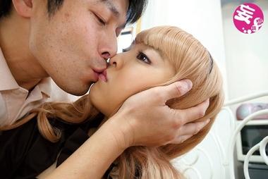 【早乙女ゆい】リアル人形と恋人気分でHな悪戯を繰り返す変態男【人形あそび】#1