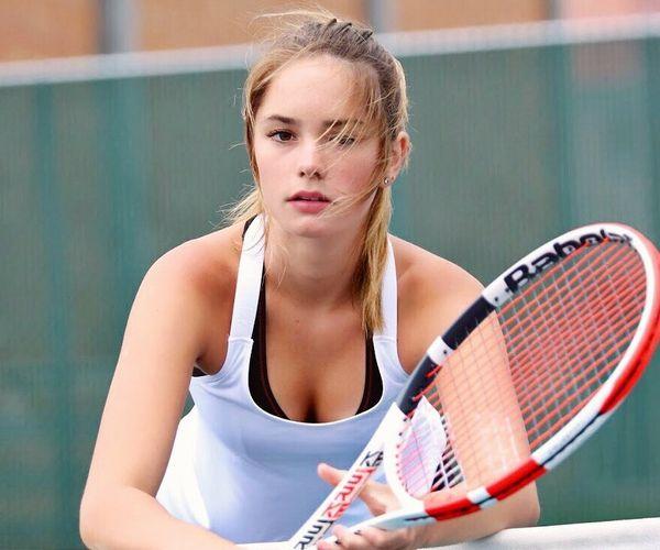 美しすぎる16歳テニスプレイヤーのレイン・マッケンジー