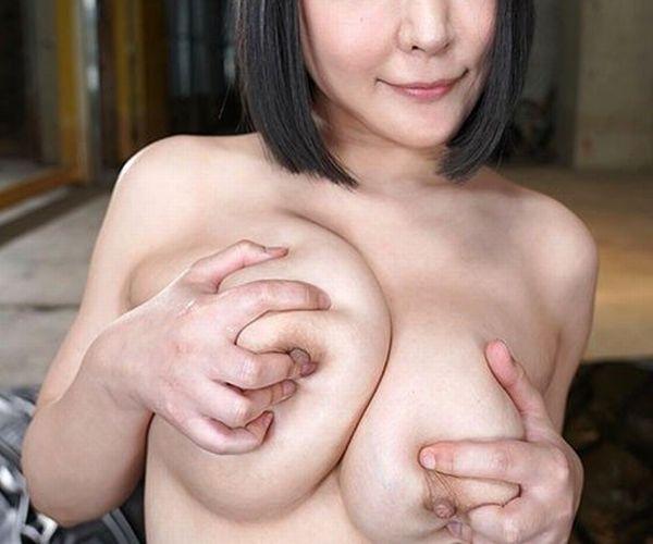 【悲報】人気AV女優さん、変わり果てた姿で見つかる