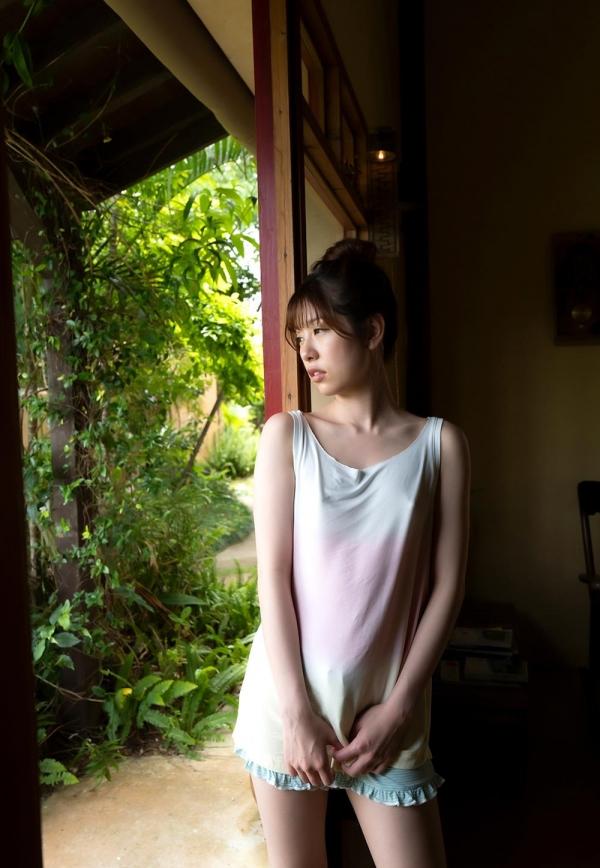 あおいれな(葵玲奈)年内でAV引退、微乳美女ヌード画像60枚のb001枚目