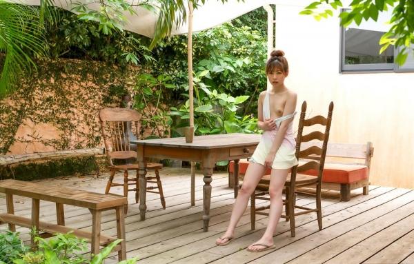 あおいれな(葵玲奈)年内でAV引退、微乳美女ヌード画像60枚のb010枚目