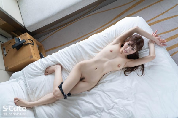 朝日奈かれん 超美乳+プリプリ美尻+美脚のS級美女エロ画像57枚のa32枚目