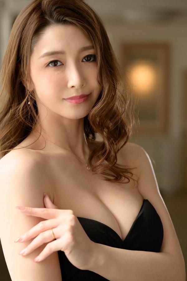 愛弓りょう(あゆみりょう)38歳 美魔女さん、エロ社長に中出しされてしまう。画像24枚のa01枚目