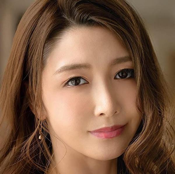 愛弓りょう(あゆみりょう)38歳 美魔女さん、エロ社長に中出しされてしまう。画像24枚のa02枚目