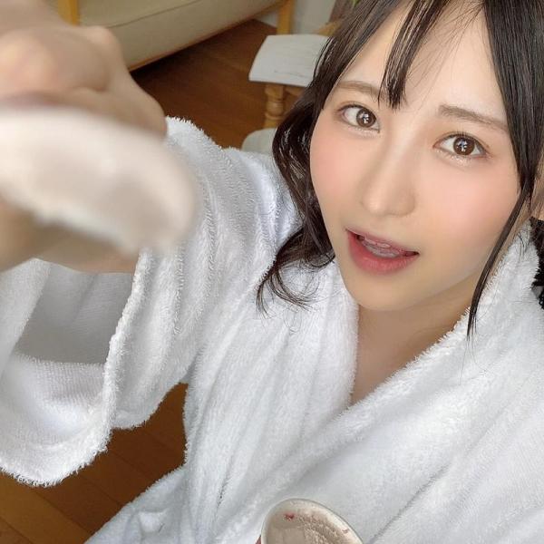 撮影現場でバスローブを着てるAV女優の画像 Part3の017枚目