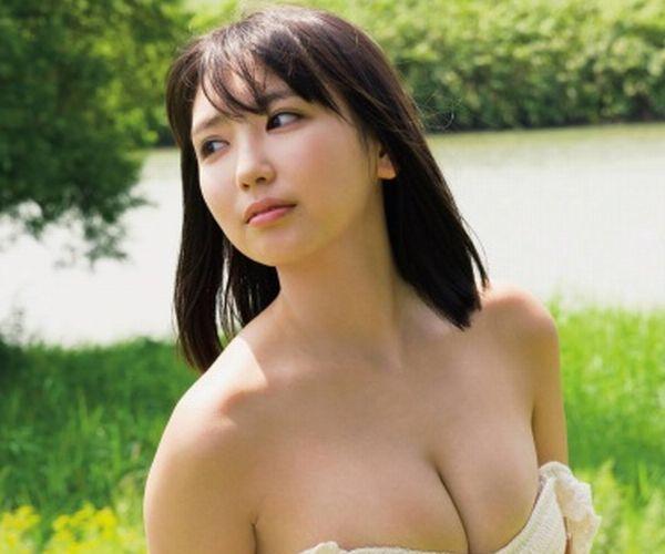 沢口愛華の水着グラビアの巨乳JKおっぱい画像475枚
