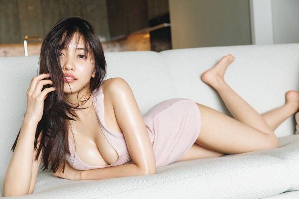 【目の保養】人気女性芸能人の水着姿などセクシー画像100枚の014枚目