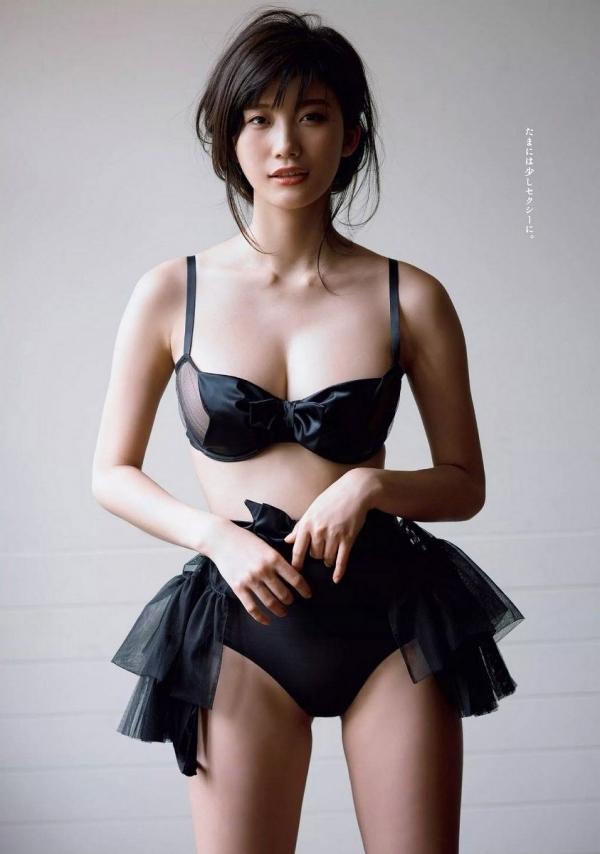 【目の保養】人気女性芸能人の水着姿などセクシー画像100枚の019枚目