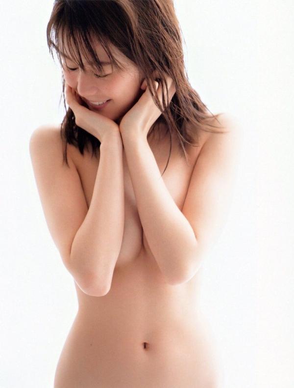 【目の保養】人気女性芸能人の水着姿などセクシー画像100枚の030枚目