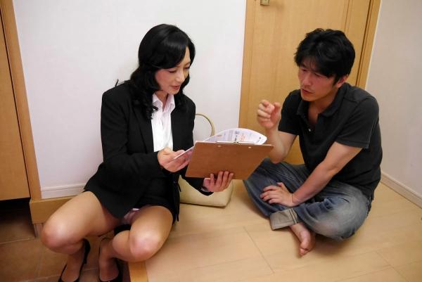 美熟女な生保レディ服部圭子53歳のセックス画像25枚の007枚目