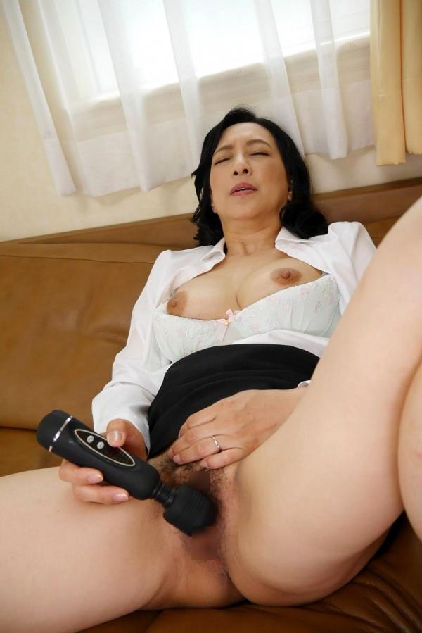 美熟女な生保レディ服部圭子53歳のセックス画像25枚の010枚目