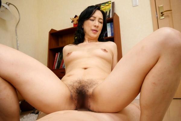美熟女な生保レディ服部圭子53歳のセックス画像25枚の023枚目
