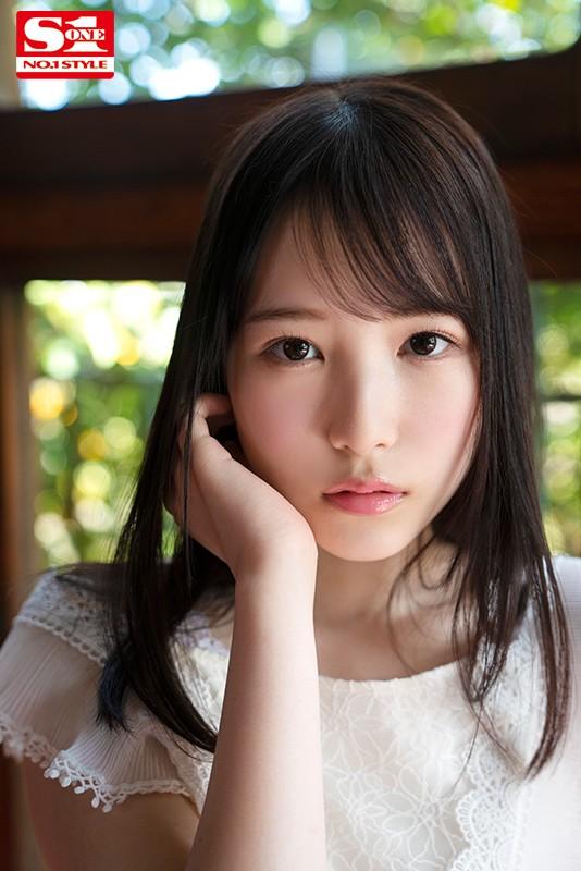 香水じゅん(かすいじゅん)アイドルのセンターにいてもおかしくない美少女AVデビュー画像31枚のb11枚目