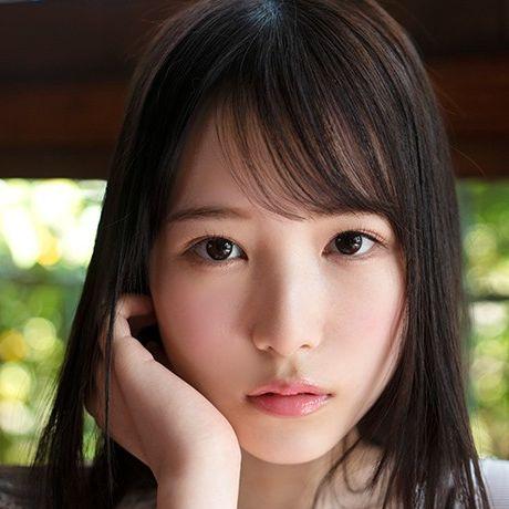 香水じゅん(かすいじゅん)アイドルのセンターにいてもおかしくない美少女AVデビュー画像31枚の1