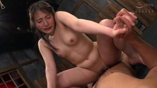 河奈亜依さん、串刺し拷問されて半狂乱になってしまう。画像37枚のb18枚目