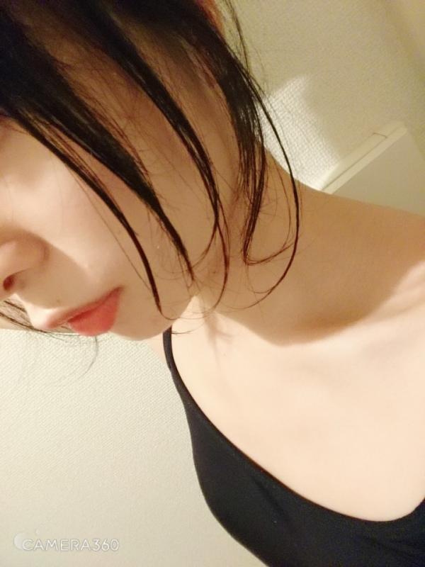 まなかかな 貧乳スレンダーな変態ドM美少女エロ画像30枚のa12枚目