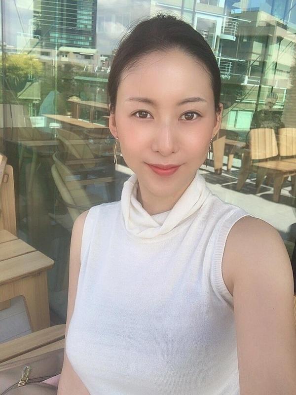 30代熟女だと松下紗栄子のオッパイが一番エロいらしい。画像27枚のa01枚目