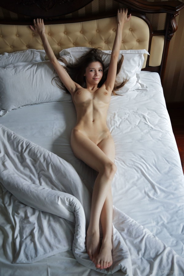 ミラアズール(Mila Azul)スリム巨乳なウクライナ美女エロ画像26枚の2