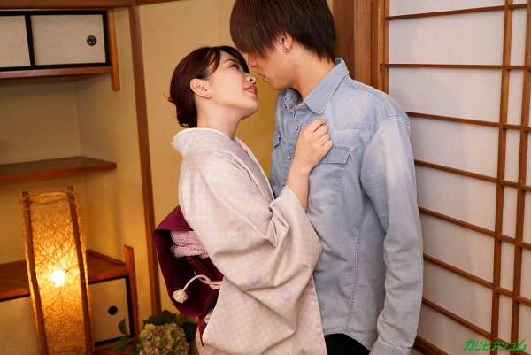森田みゆ 舐めたがり美人女将 いっぱいお舐めします。画像21枚の07枚目