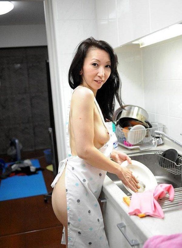 南原美智子 50歳 スレンダー熟女のセックス画像35枚の003枚目