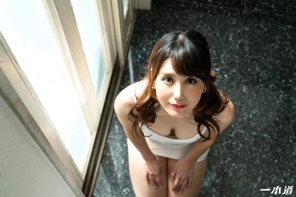 美熟女 奥村沙織さん、特濃精子まみれになってしまう。画像40枚の02枚目