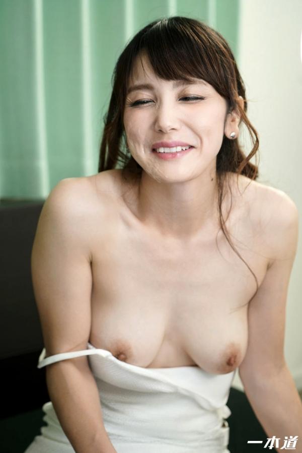美熟女 奥村沙織さん、特濃精子まみれになってしまう。画像40枚の2