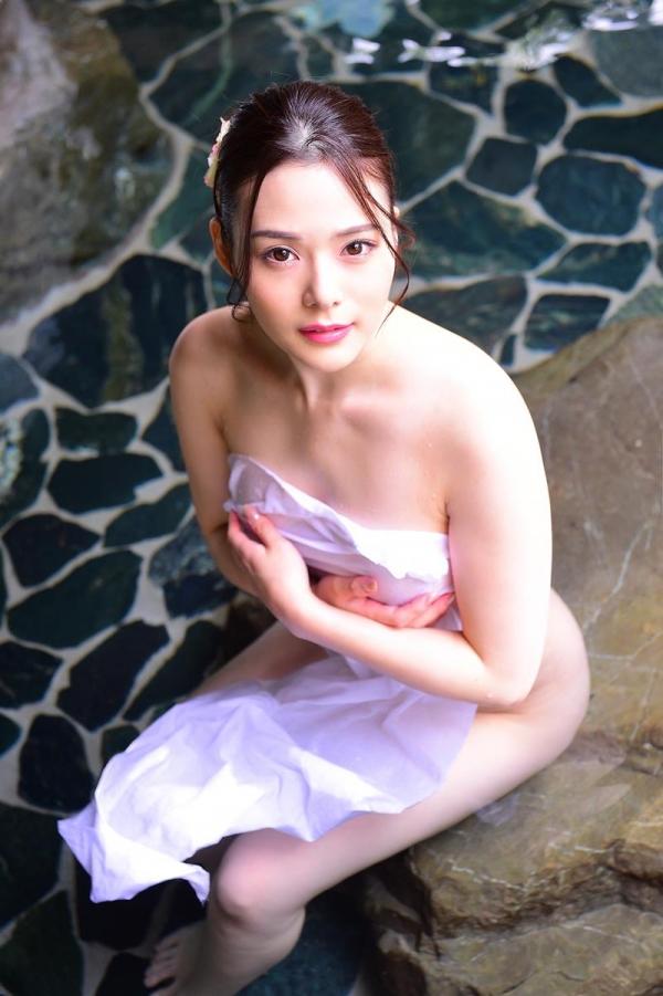 オッパイを見せてくれないAV女優の画像 47枚の22枚目