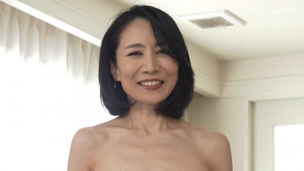 瀬尾礼子 初撮り五十路妻ドキュメント 画像33枚の004枚目