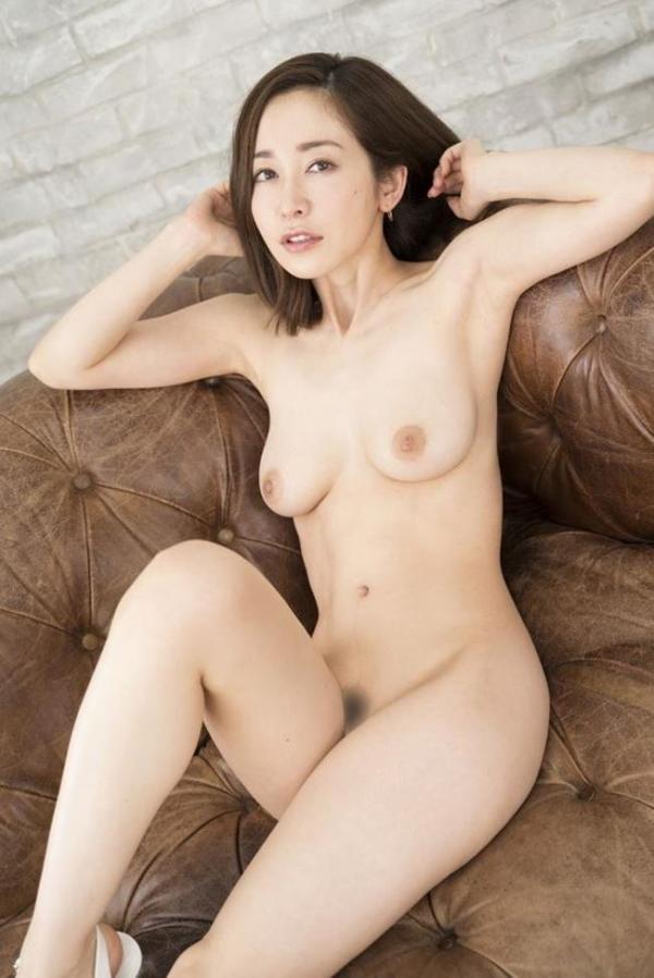 篠田ゆうさん、不倫セックスの一部始終を語りはじめる。画像49枚のb002枚目