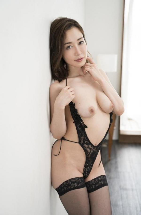 篠田ゆうさん、不倫セックスの一部始終を語りはじめる。画像49枚のb005枚目