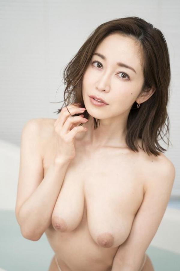 篠田ゆうさん、不倫セックスの一部始終を語りはじめる。画像49枚のb008枚目