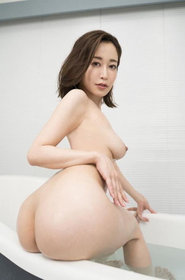篠田ゆうさん、不倫セックスの一部始終を語りはじめる。画像49枚のb009枚目
