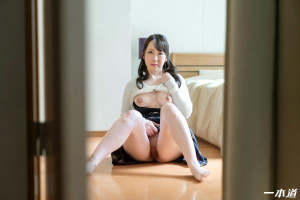 篠原なぎさ 肉食系ドスケベ熟女 まんチラの誘惑 画像32枚の09枚目