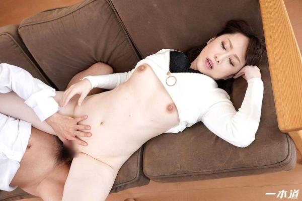 篠原なぎさ 肉食系ドスケベ熟女 まんチラの誘惑 画像32枚の21枚目